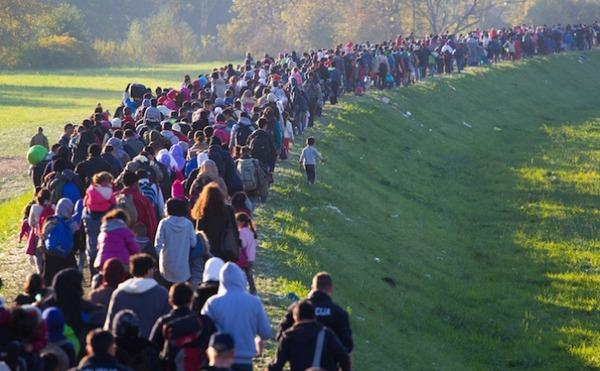 難民「日本は難民に差別するな!ローンもロク組めない!いい加減、開国しろ!」のサムネイル画像