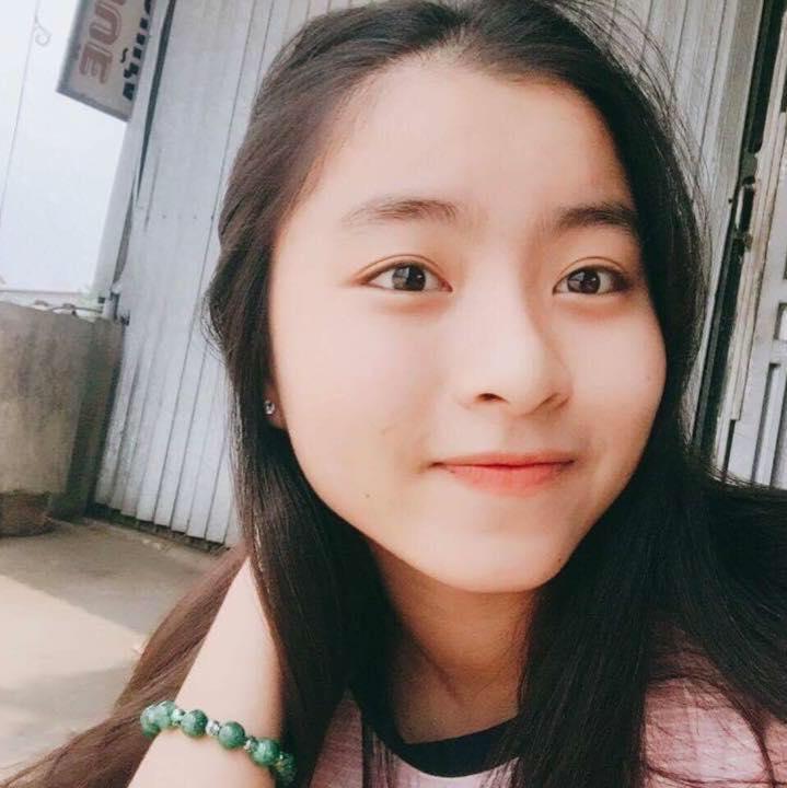 【画像】iPhone大規模リコールか 14歳の美少女が感電死、いますぐ使用中止をのサムネイル画像