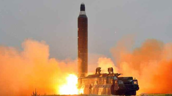 【緊急】ICBM級? 北朝鮮で弾道ミサイル発射の動き・・・のサムネイル画像
