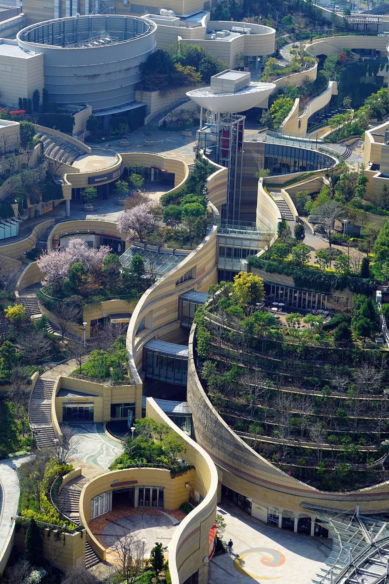 【画像】大阪、近未来都市すぎるwwwwwwwwwwwwwwwwwwwwwのサムネイル画像