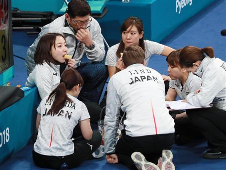 【銅メダル】カーリング娘への「報奨金」がヤバいと話題にwwwwwwwwwwwwwのサムネイル画像