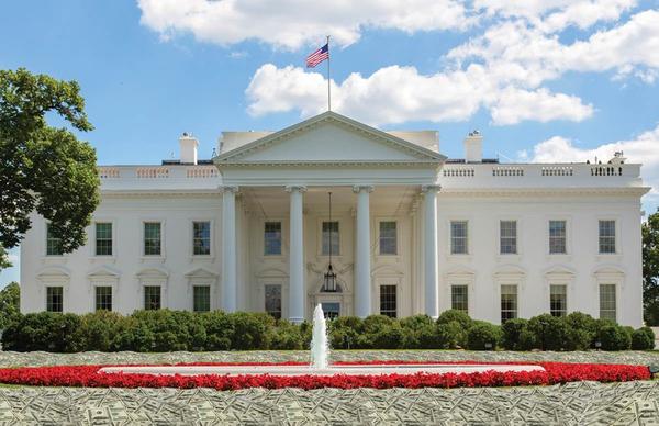 【アメリカ】ホワイトハウス前で白人男性が自分の頭を撃ち死亡・・・・のサムネイル画像