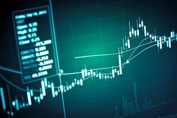 【経済】日経平均、今年の最安値更新  米の輸入制限措置に懸念のサムネイル画像