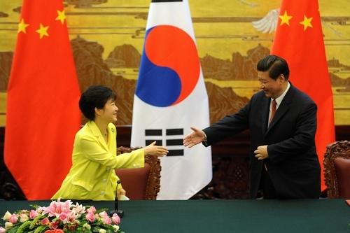 【悲報】韓国人の中国に対する好感度が急落 → 日本よりも嫌いな国にwwwwwwwwwwwwwwwwのサムネイル画像
