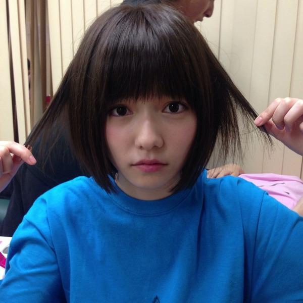 【AKB48】ぱるる(19) カンペ丸読み応援メッセージ動画が酷いと炎上 「想像を絶する酷さ」「こっちを見ろぉぉおおおッ!!」のサムネイル画像