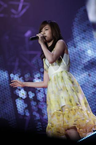 【AKB48】前田敦子(22) 一夜限りのAKB復帰! 札幌ドームライブ 3万人が熱狂!のサムネイル画像