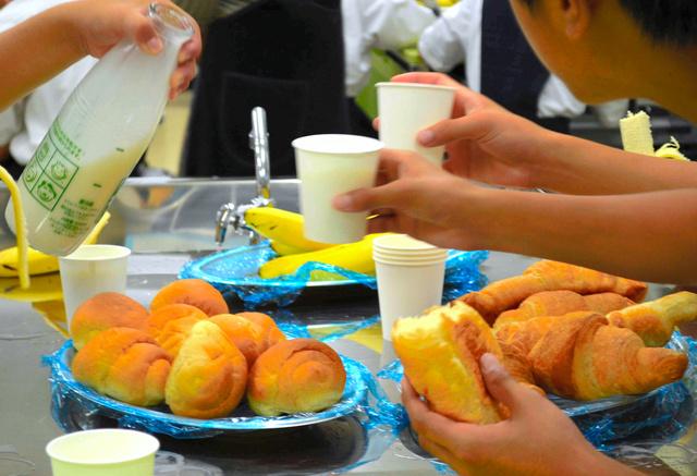 学校で「朝食提供」動き広がるwwwwwwwwwwwwwwwwwのサムネイル画像
