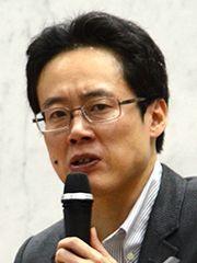 精華大講師「日本全体でネトウヨのような筋が通らない右傾化が進んでる。日本の民主主義は品格がない」のサムネイル画像