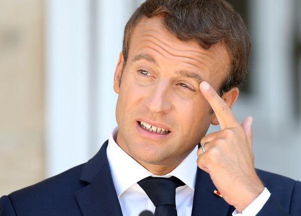 マクロン仏大統領の支持率が急落wwwwwwwwwwwwwのサムネイル画像