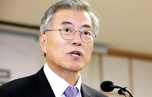 【韓国】文大統領、安倍首相に対北朝鮮への過剰対応自制を求める。のサムネイル画像