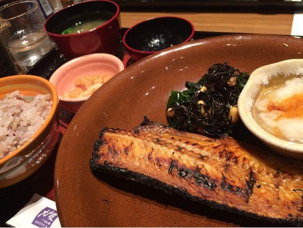 【衝撃】ニューヨークの大戸屋ほっけ定食の値段wwwwwwwwwwwwwのサムネイル画像