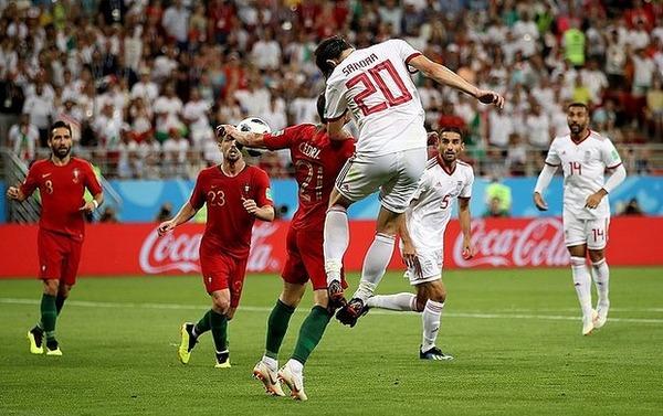 【サッカー】「過去最低のVARジャッジだ!」→ ワールドカップの試合が物議にwwwwwwwwwwwwwのサムネイル画像