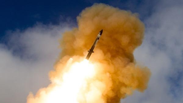 【驚愕】米「最新型迎撃ミサイル」日本に売却決定!!!→ その内容がwwwwwwwwwwwwwwwwwwwwのサムネイル画像