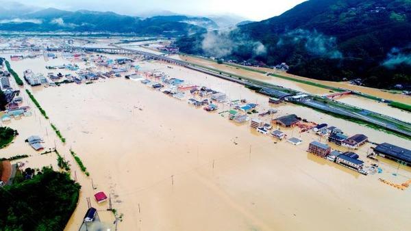 【豪雨】愛媛県民「これは天災ではなく人災」→ その理由が・・・・・のサムネイル画像