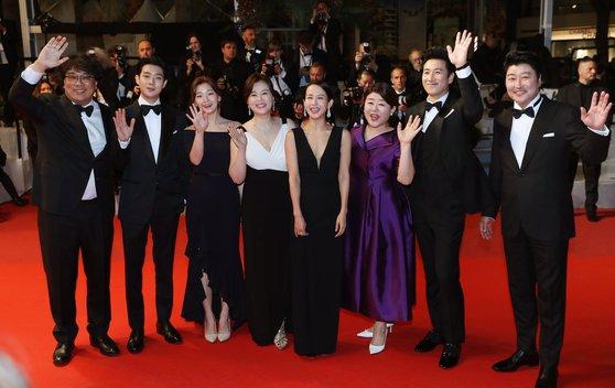 【ワロタw】韓国映画、世界で大ヒット!!!→タイトルが「自己紹介」だと話題にwwwwwwwwwwwwwwwのサムネイル画像
