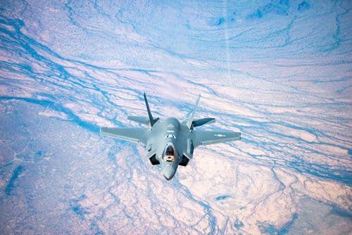 【悲報】韓国さん、ついにステルス戦闘機を手に入れてしまうwwwwwwwwwwwwwwwwwwwwwのサムネイル画像