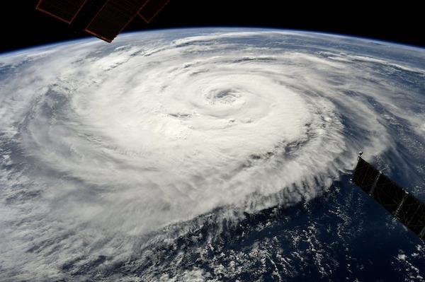 【警戒!!!】台風19号と20号がガチでヤバいぞ!!!→ 予想される総雨量が・・・・・のサムネイル画像