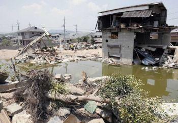 【悲報】被災地のボランティアさん、被災者に怒られるwwwwwwwwwwのサムネイル画像