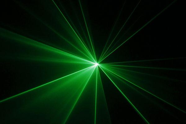 【驚愕】米軍機に「レーザー照射」60歳男性を逮捕!!!→ 言い分がやばすぎるwwwwwwwwwwwwwwww  のサムネイル画像