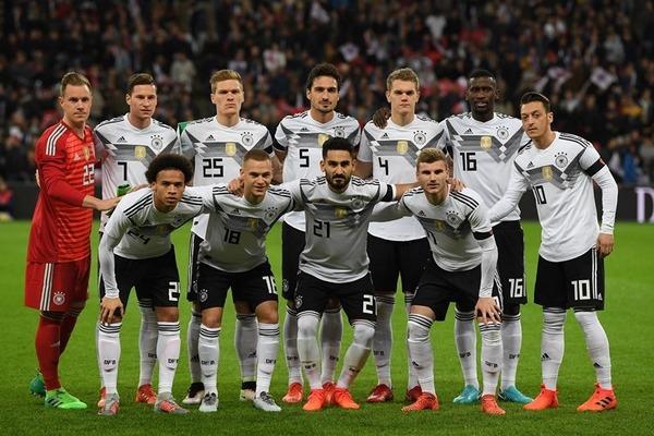 【W杯】ドイツ代表の敗因、朝まで「アレ」をやりすぎていたことだった模様・・・のサムネイル画像