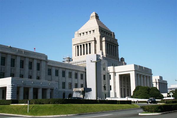 【速報】日本政府、あの国の通信機器2社を「除外」へ!!!!!のサムネイル画像
