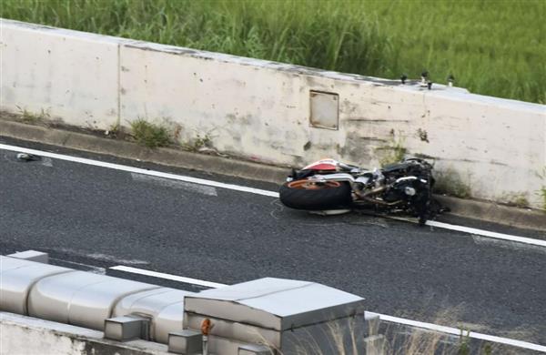 【奈良】3台のバイクが転倒し「8人」が病院に搬送!!!→ その結果が・・・・・のサムネイル画像
