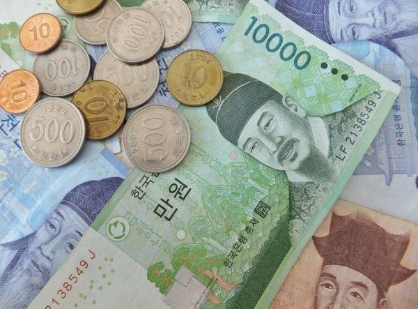 【緊急】米ゴールドマン・サックス、「円買いウォン売り」を勧告!!!→ その理由が・・・・・のサムネイル画像