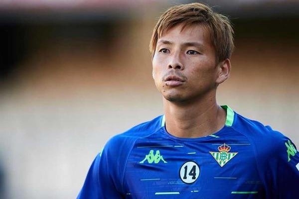 【サッカー】日本代表・乾がスペインで人種差別発言をされた?→ 韓国メディアが関心へwwwwwwwwwwwwwwのサムネイル画像