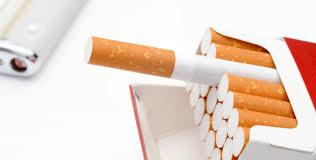 【驚愕】保険会社「たばこ吸う人採用しません!!!」→ その理由がwwwwwwwwwwwwwwwwのサムネイル画像