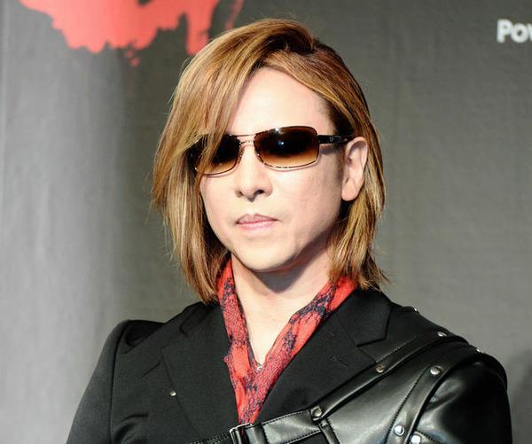【悲報】X JAPAN幕張公演、開演3時間前で中止に・・・・・のサムネイル画像