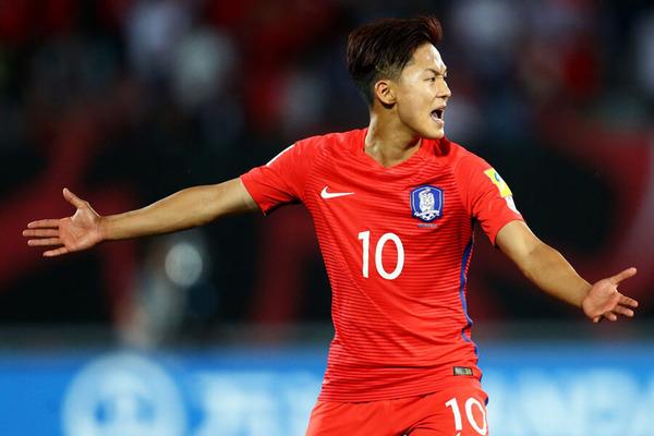 【サッカー】「韓国のメッシ」が「日本の自尊心を踏みにじる」セレモニー!!!→ 本人が弁明へwwwwwwwwwwwwwwwのサムネイル画像