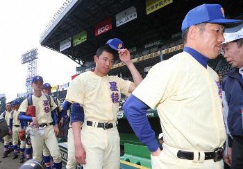 【高校野球】星稜の監督が習志野の部屋に乗り込み激怒!!!!!→理由が・・・・・のサムネイル画像