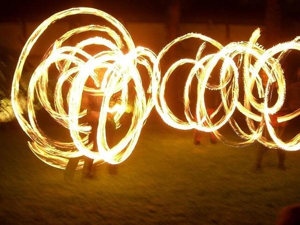 """【名古屋】生徒たちが火がついた棒を振り回す""""謎の行事""""を中止へ・・・・・"""
