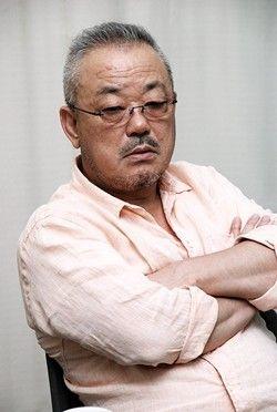 【衝撃】映画監督・井筒和幸さんが追突事故!!!→ その結果が・・・・・のサムネイル画像