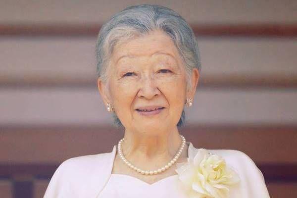 【速報】美智子さま、比較的早期の「乳がん」と診断のサムネイル画像