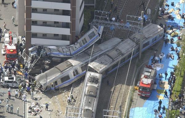 【画像】「福知山脱線事故」の慰霊施設完成!!!→ 遺族「悲惨さが伝わらない」のサムネイル画像