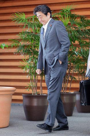 【速報】安倍首相、病院を受診 → 広島視察を取りやめる深刻な事態に!!!のサムネイル画像