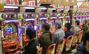 【衝撃】日本人のパチンコ離れが加速!!!ガチでヤバい模様wwwwwwwwwwwwwwwwwwwwのサムネイル画像