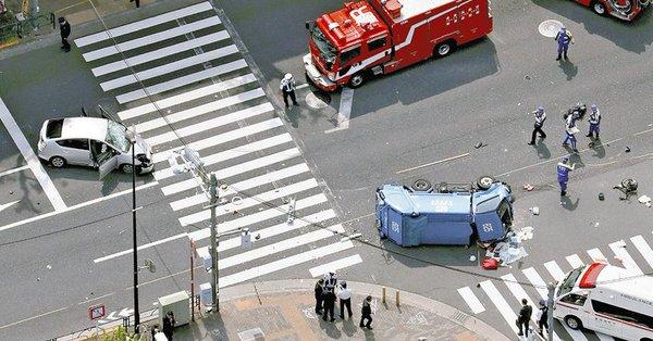 【速報】池袋暴走87歳「運転ミス」を否定!!!!!!!のサムネイル画像