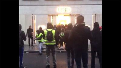 【フランス】「黄色いベスト」運動、一部が暴徒化した結果・・・・・のサムネイル画像