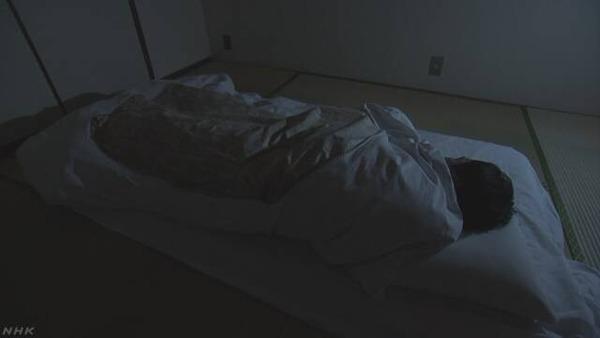 【悲報】日本人の「睡眠時間」を調査!!!→ 厚生労働省、ガチで心配へwwwwwwwwwwwwwwwのサムネイル画像