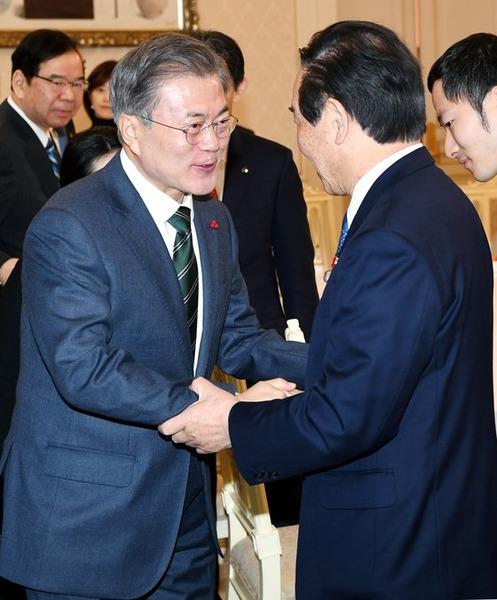 【\(^o^)/】韓国、タイムリミットへ!!!日本の「対抗措置」発動かwwwwwwwwwwwwwww