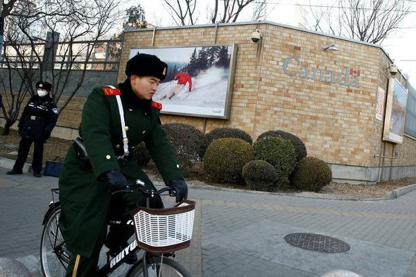 【緊急】中国「拘束したカナダ人男性を死刑にするぞ!」 カナダを恫喝へ・・・・・ のサムネイル画像