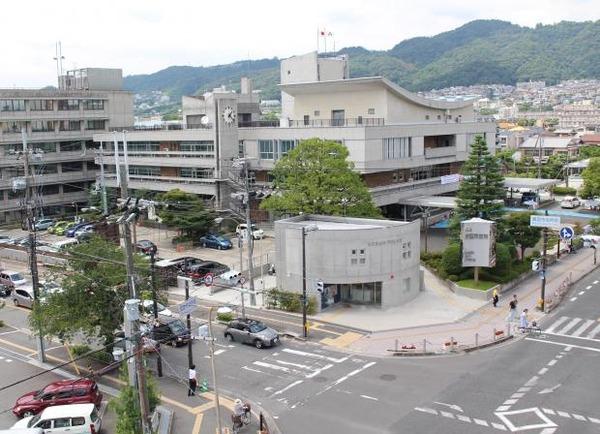 【大阪】箕面市、小中学校の「ブロック塀」全て撤去へwwwwwwwwwwwwのサムネイル画像