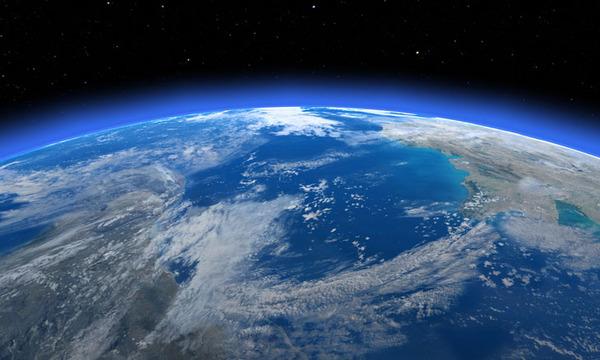 【速報】宇宙飛行士から届いた「台風の目」写真が壮大過ぎるwwwwwwwwwwwwwwwwwwのサムネイル画像