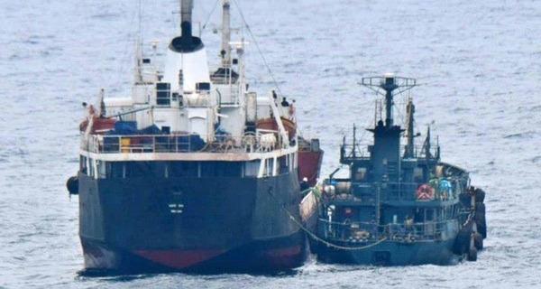 【速報】韓国籍の船舶、摘発!!!!!!!!のサムネイル画像