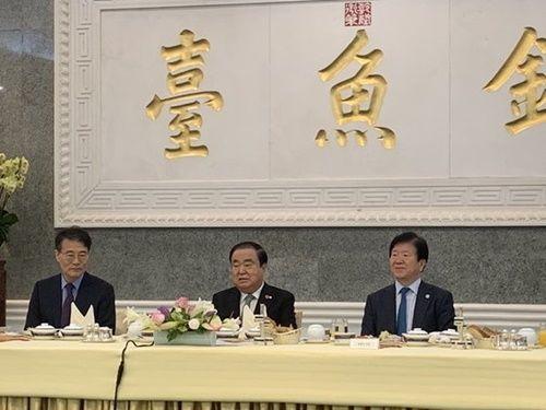 【超悲報】中国を訪問したムン・ヒサン議長の末路wwwwwwwwwwwwwwwwwwwwwのサムネイル画像