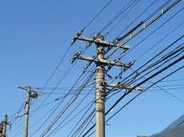 【台風ヤバイ】電線にベランダが引っ掛かるwwwwwwwwwwwwwwwwwwwのサムネイル画像