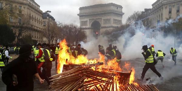 【フランス】デモ → 増税「先送り」→ 再びデモ → その結果wwwwwwwwwwwwwwwwwのサムネイル画像