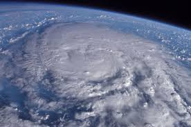 【衝撃】「台風22号」、今年の台風で最も発達へ!!!→ その予想進路図がコチラ・・・・・のサムネイル画像
